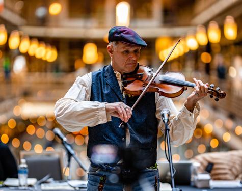 Arcade Violin Player, Erik Drost