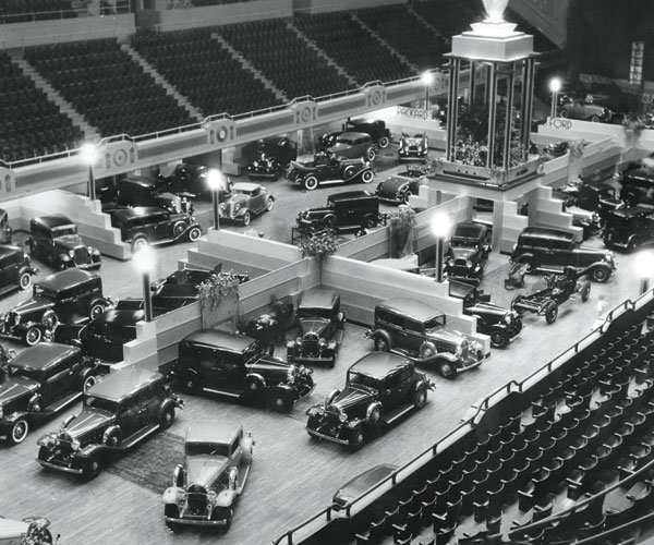 1932: The Cleveland Auto Show Revs Up