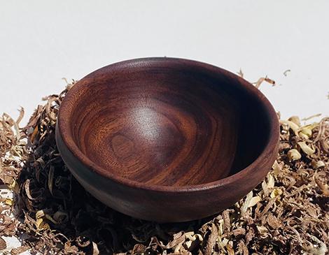 Cleveland artist makes handmade wooden bowls
