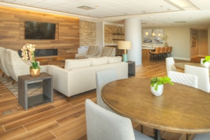 UC Lounge 1 HDR