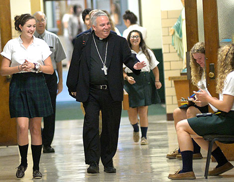 Article_Bishop-Perez-Elyria-Catholic-5