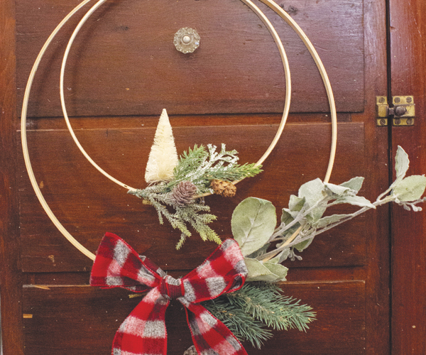 You Can Do It: Make This Simple Holiday Wreath