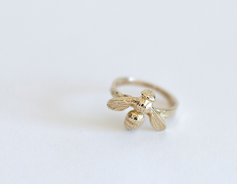 Honeybee ring