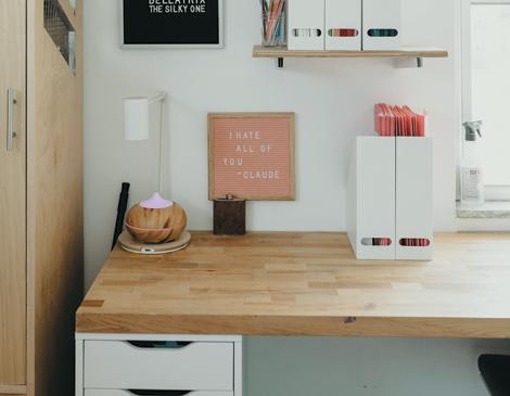 Tabletop Desk